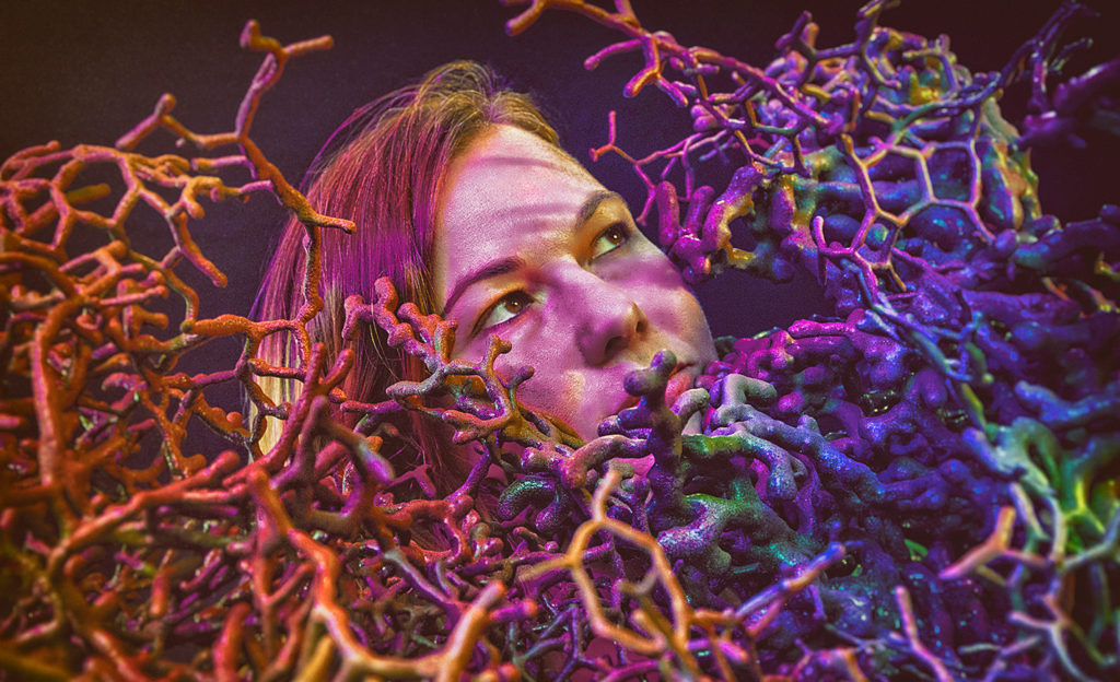 2021-L'ARTIS-magazine-dfallu-juliesavard-coral01-arts-visuels-final